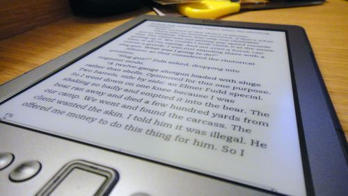 Kindle 4 e-ink pearl screen